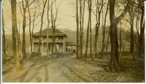 Furtney house / First Hospital in Glenwood