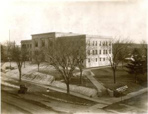 Current courthouse constructed in 1930.