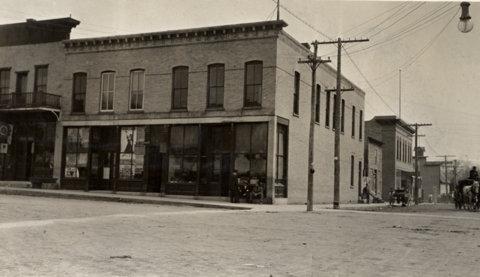 McNitt Building