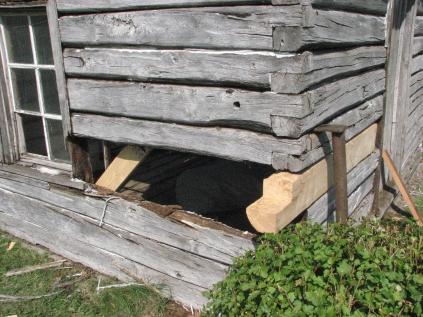 Cabin Repair Day 2 003